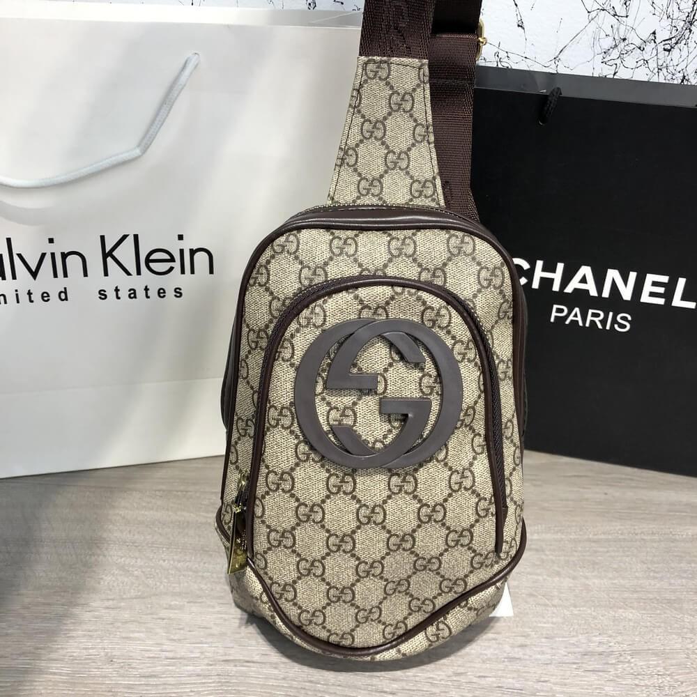 Gucci Avenue Sling Bag GG Supreme Biege